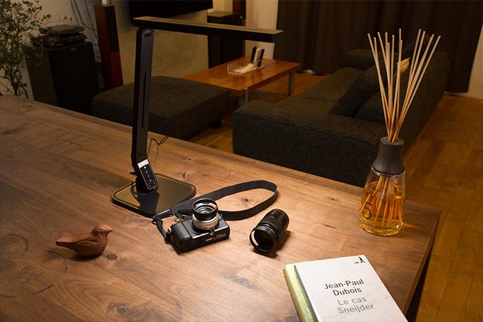 自然光LEDデスクライトPRO�イメージ1